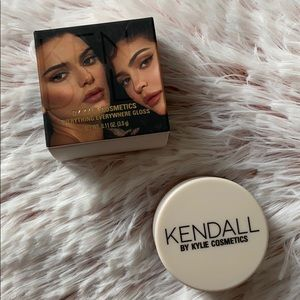 Everything Everywhere Gloss Kendall x Kylie